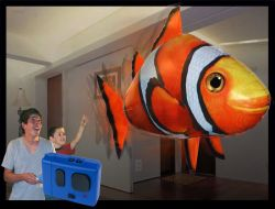 250x190-images-stories-airswimmers-clownfish-lg